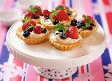 Kruche babeczki z owocami - ugotuj