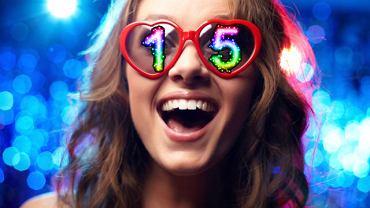 Spróbuj zaśmiać się codziennie 15 razy. Dzięki wyzwolonym w ten sposób endorfinom staniesz się szczęśliwszy