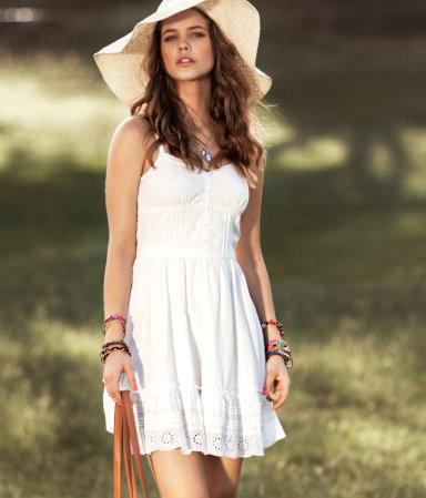 Bia�e sukienki, biel, lato 2012, sukienki, wiosna 2012, bia�a sukienka