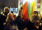 27,2 proc. Litwin�w �le ocenia relacje z Polsk�