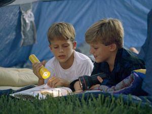 Rodzinne wakacje pod namiotem: tanio nie znaczy kiepsko! O to pytajcie przed wyjazdem