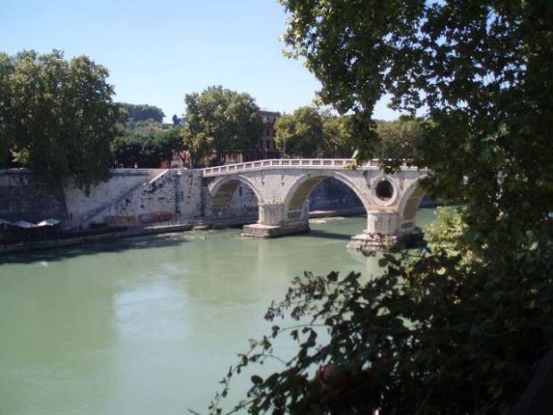 Transport i noclegi we Włoszech