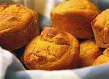 Muffiny rozmarynowo-cebulowe - ugotuj