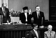 22 grudnia 1990, Lech Wałęsa z małżonką w Sejmie - zaprzysiężenie na prezydenta RP