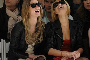 Paris Hilton i Nicky Hilton na pokazie Tracy Reese w Nowym Jorku.
