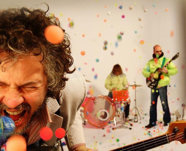 Zespół The Flaming Lips ujawnił pierwsze szczegóły swego najnowszego, niecodziennego projektu.