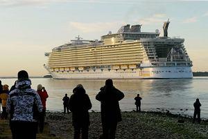 Wybierz si� w rejs po Karaibach najwi�kszym statkiem �wiata. Bilet kup w Polsce