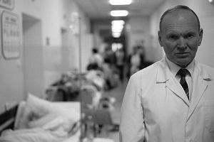 Znany kardiolog zgin�� w wypadku