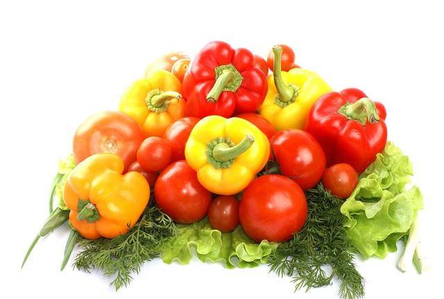 Czasami warto zrezygnować z tłuszczów na rzecz bogatych w witaminy owoców.