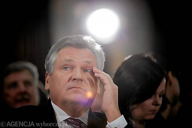 Były prezydent Aleksander Kwaśniewski podczas krajowej konwencji SLD