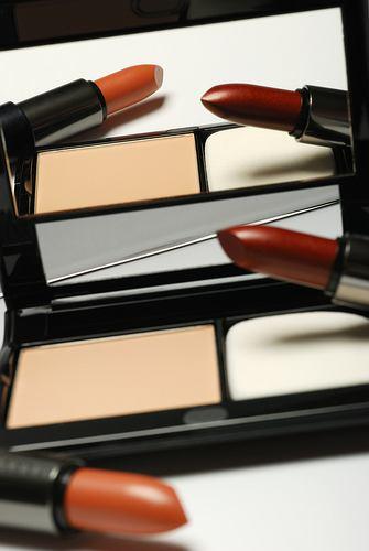Toksyczne kosmetyki: co ukrywaj� wielkie koncerny?