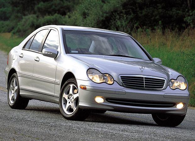 Mercedes klasy C W203 (2000-2007) - opinie Moto.pl