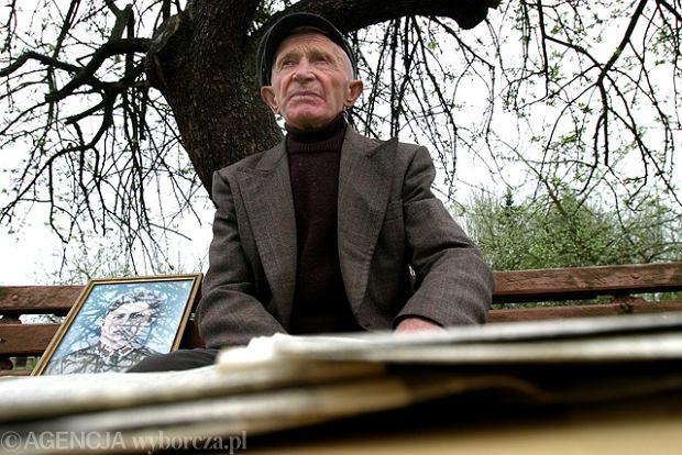 Nie żyje kpt. Antoni Jabłoński. To on wieszał polską flagę w Berlinie