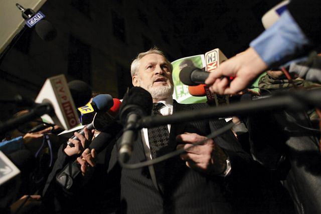 Ahmed Zakajew po wyjściu z sądu