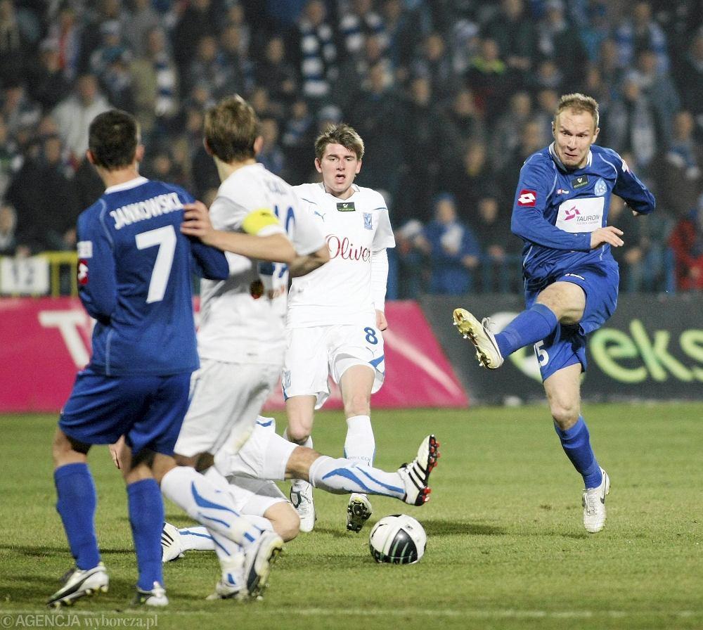 Mecz Ruch Chorzów - Lech Poznań (1:0) w listopadzie 2010 r.