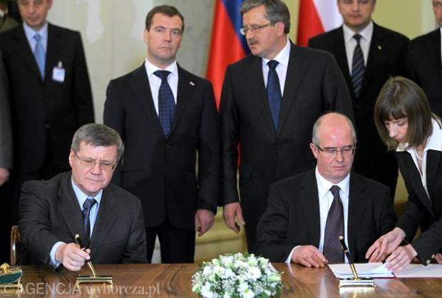 Rosja otwiera akta smole�skie