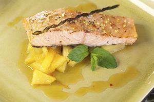 �oso� z ananasem duszonym w pikantnym sosie pomara�czowo-imbirowym