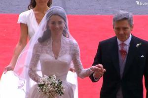 134b301302 Kate Middleton w sukni ślubnej od McQueena! Na ten moment czekał cały świat!