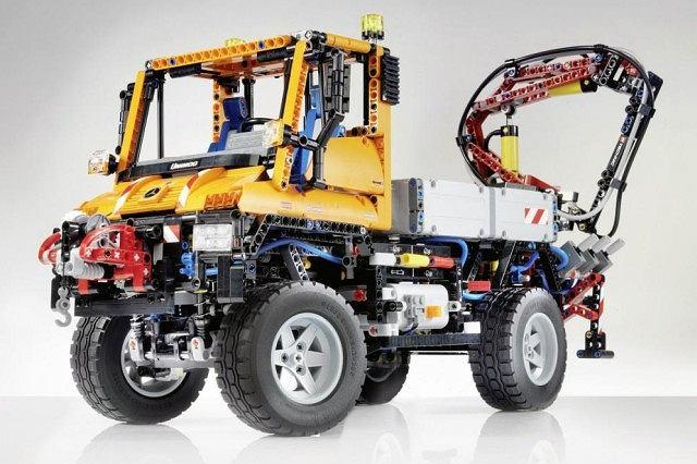Unimog U400 - zestaw Lego Technics