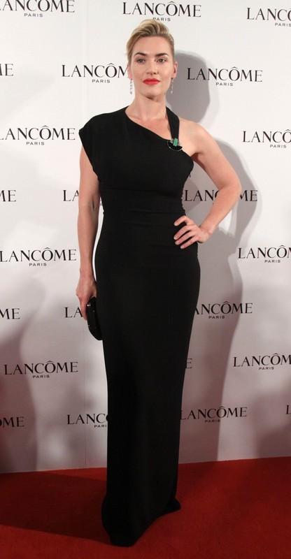 82f6164f8 Kate Winslet w sukni Ralpha Laurena na konferencji Lancome w Pekinie
