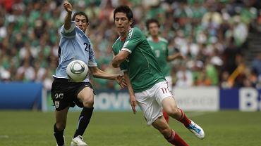 Finał MŚ U-17. Urugwajczyk Alejandro Furia (z lewej) i Meksykanin Marco Bueno