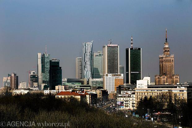 Panorama wieżowców w centrum Warszawy