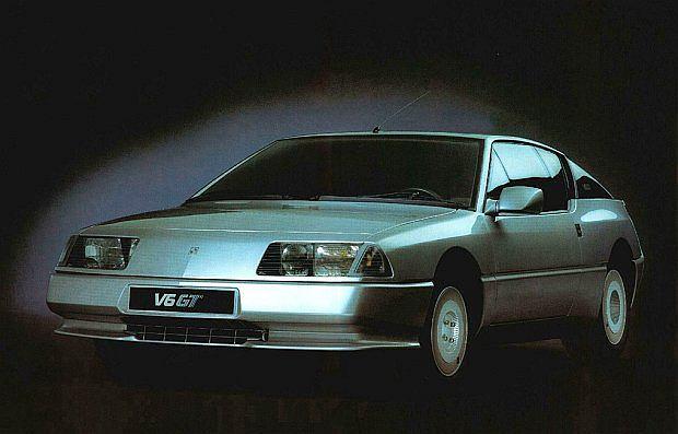 Karoseria miała znakomity współczynnik oporu powietrza, który wynosił tylko Cx=0,30, a w pierwszym modelu V6 GT nawet tylko Cx=0,28