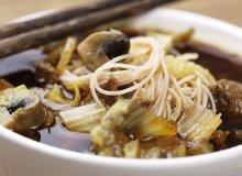 Wietnamska zupa z rostbefem - ugotuj