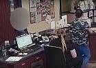 Partner więził kobietę przez 2 dni. Ta znalazła pomoc w klinice weterynaryjnej, podając obsłudze krótki liścik