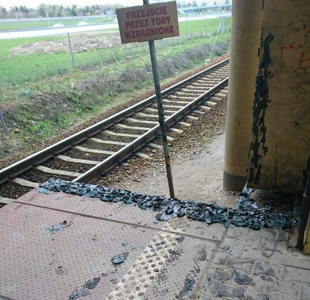 Przejście na stacji PKP Służewiec