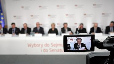 Konferencja prasowa w PKW