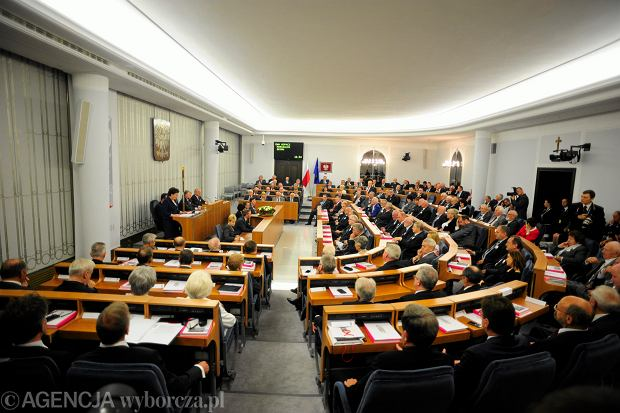 Senat za ratyfikacj� konwencji o zapobieganiu przemocy. Teraz wszystko zale�y od prezydenta