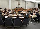 Wyniki wybor�w 2015. Nieoficjalnie: PiS i PO podziel� mi�dzy siebie Senat