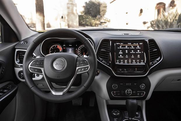 Nowy Jeep Cherokee - wnętrze