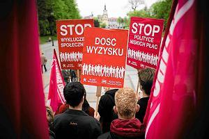 Dziewięć statystyk GUS, które pokazują smutną polską rzeczywistość [DANE]