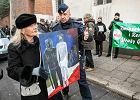 Protest pod IPN. Funkcjonariusze wyzywani od ubeków