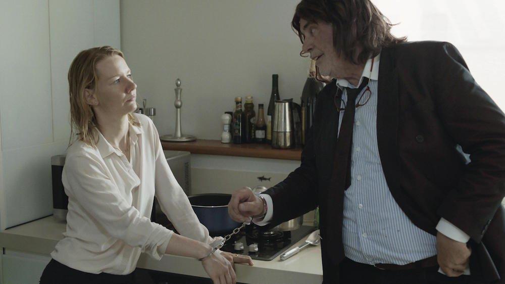 / Peter Simonischek i Sandra Hüller w filmie ''Toni Erdmann', materiały prasowe