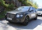 SUV Bentleya przy�apany podczas jazd testowych