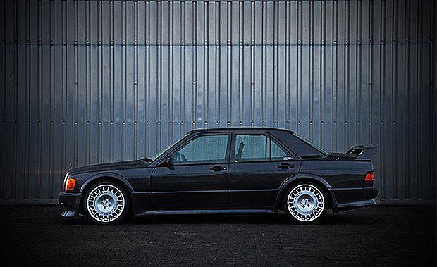 195 konny silnik produkowany był przez firmę Cosworth