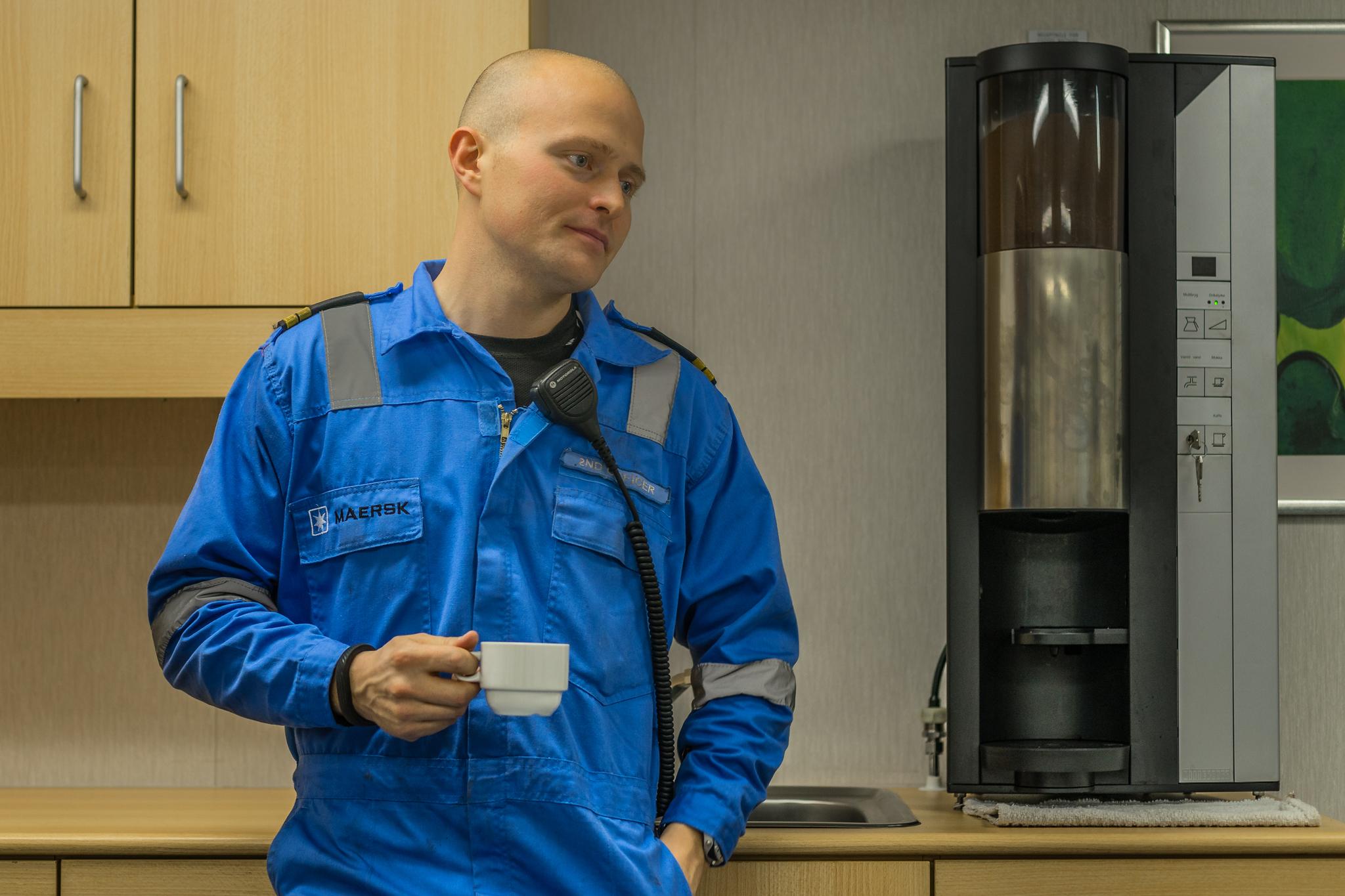 Niels Moldrup, II oficer, w mesie na pokładzie A Mayview Maersk (fot. Robert Urbaniak)