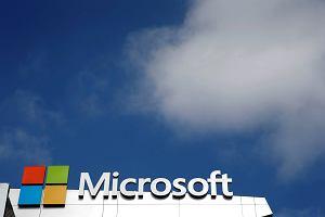 Microsoft pokaza� wyniki finansowe i natychmiast jego warto�� wzros�a o 25 miliard�w dolar�w. Bo jest coraz lepszy w zarabianiu na us�ugach dla firm