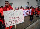 Inspekcja pracy po stronie ratowników medycznych zwolnionych w Wigilię i święta