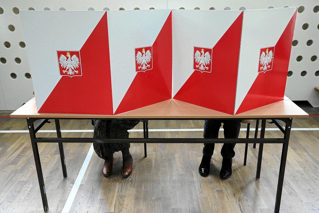 Głosowanie podczas wyborów samorządowych 2018