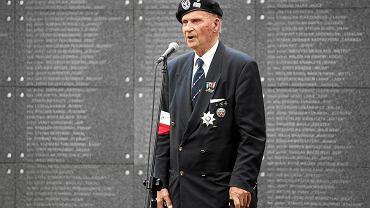"""Gen. Zbigniew Ścibor-Rylski. W powstaniu warszawskim walczył w batalionie """"Czata 49""""."""