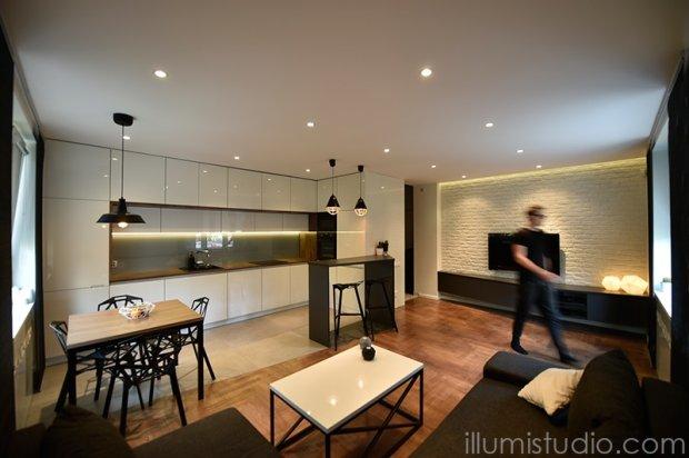 Metamorfoza salonu z kuchnią w starym bloku