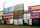 Polskie miasta toną w nielegalnych reklamach
