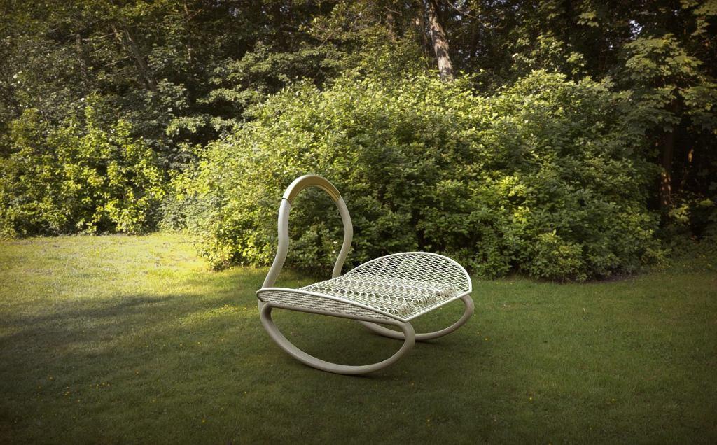 Design 32; projekt fotela, Mateusz Sipiora / materiały prasowe