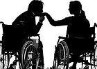 Seks osób z niepełnosprawnością fizyczną