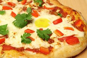 Szakszuka na pizzy - romans wschodu z zachodem