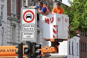 Hamburg wyrzucił z centrum stare diesle. Londyn, Paryż i Madryt zaplanowały ograniczenia dla aut